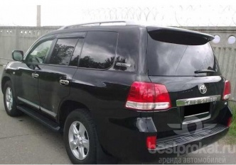 Стильно и без залога Toyota Land Cruiser 200